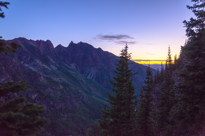 Sunrise below the Maroon Creek valley